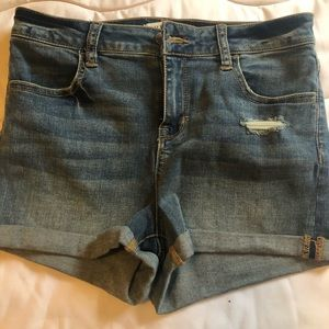 Women's super stretchy denim shorts size 29